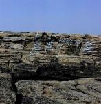 Atlantik, 1084, Acrylfarbe auf Felsen, Bretagne, Frankreich, ca. 8 x 42 m