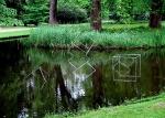 Versinkende Würfel, 1993, Edelstahl, Kantenlänge jeweils 100 cm, Forstgarten, Kleve