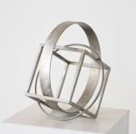 Kubus und Ringe, 2006, Edelstahl, 30 x 29 x 26 cm